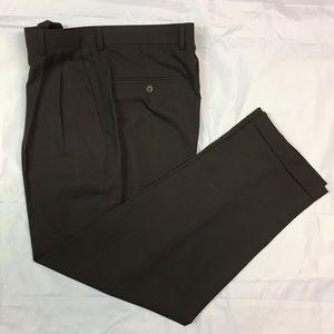 Claiborne Men's Brown 32/30 Pleated Dress Pants